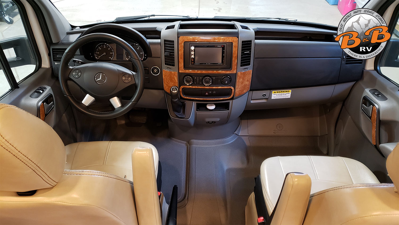 Mercedes Diesel 24S RV Front Cab