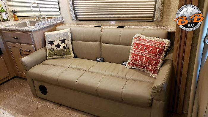 Thor Chateau Class C RV 30D Couch