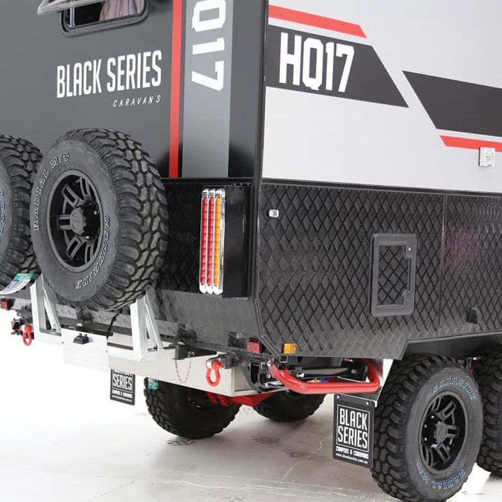HQ17-Caravan-Back