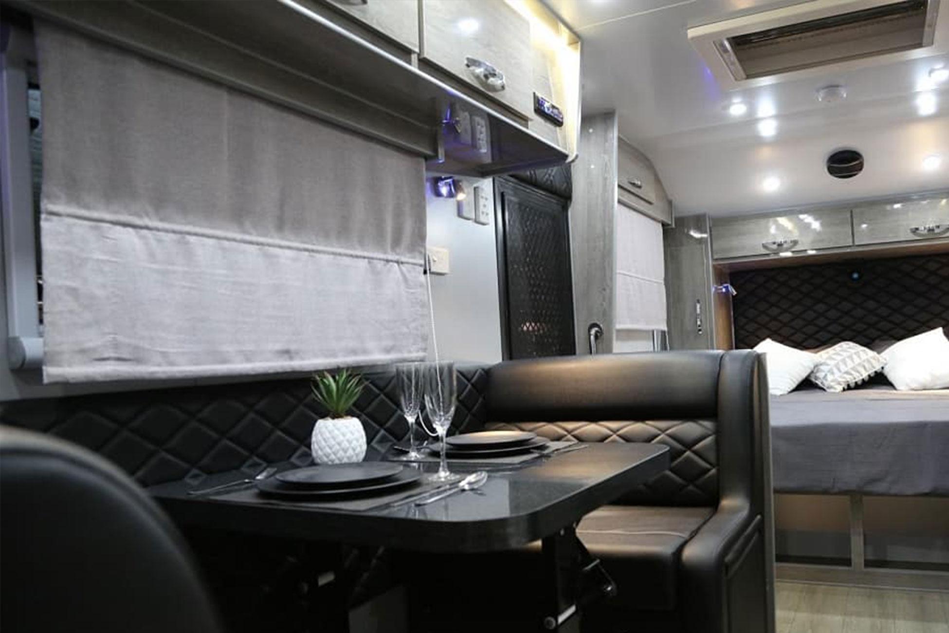 Black Series Hq17 Caravan