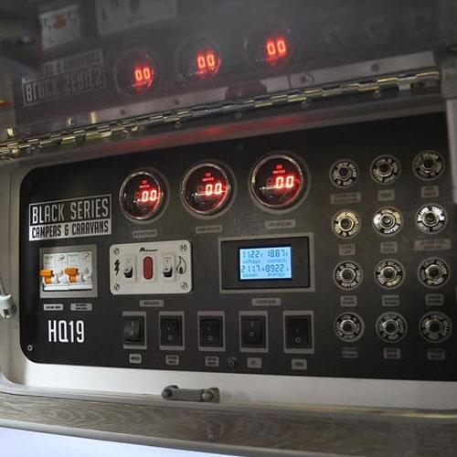 HQ19-Caravan-Control-Full
