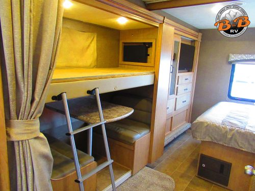 2019 Thor Chateau 30D Bunk Bed