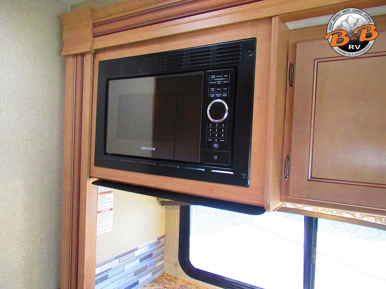 2019 Thor Chateau 28Z Microwave