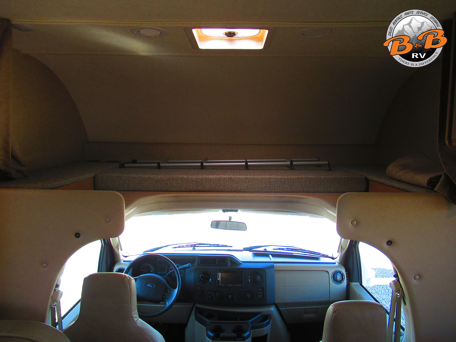 2019 Thor Chateau 28Z Top Bunk