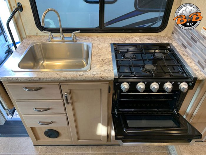 2019 Thor Chateau 24F Kitchen Appliances