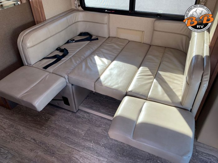 2019 Thor Citation 24SS Dinette Bed