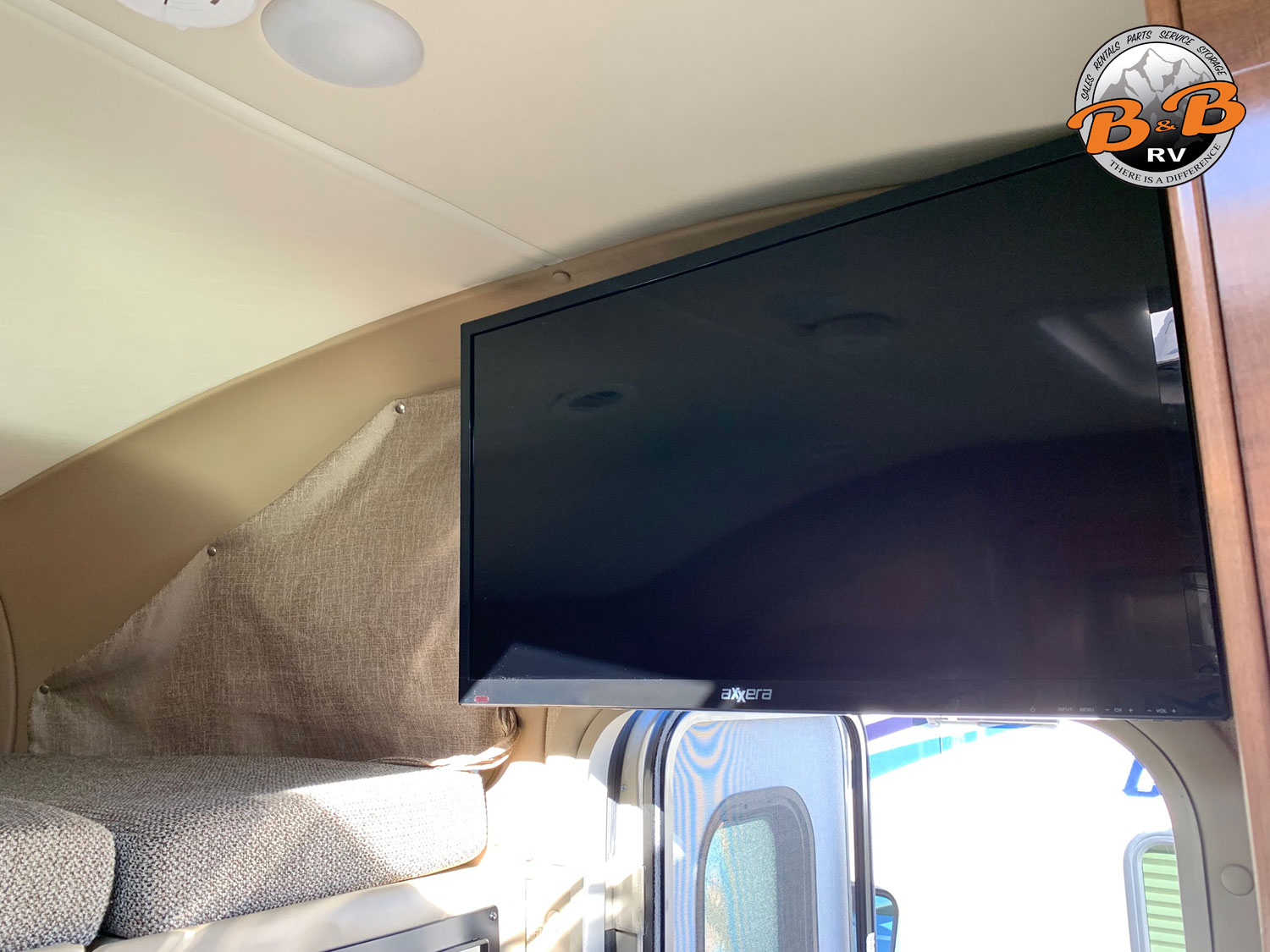 2019 Thor Citation 24SS Flatscreen TV