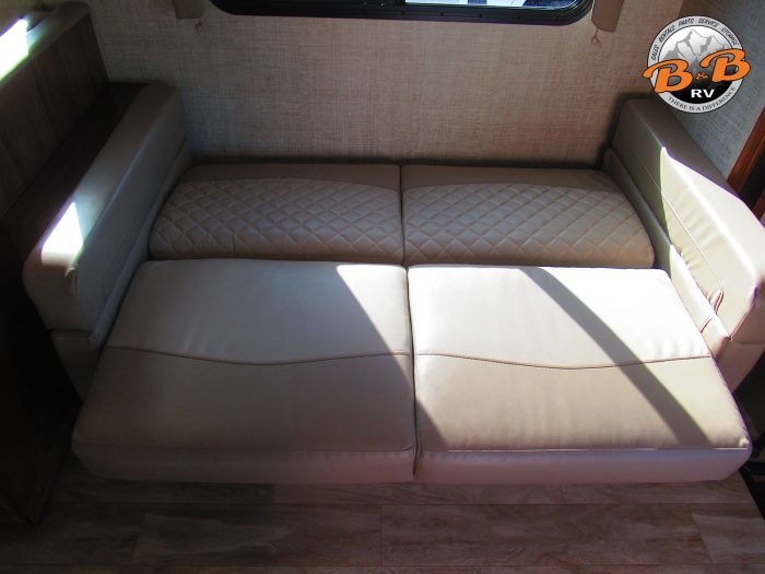 2020 Gulf Stream Conquest 6320 Couch Bed